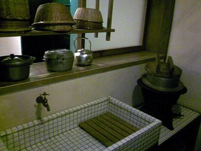 昔の日本の台所