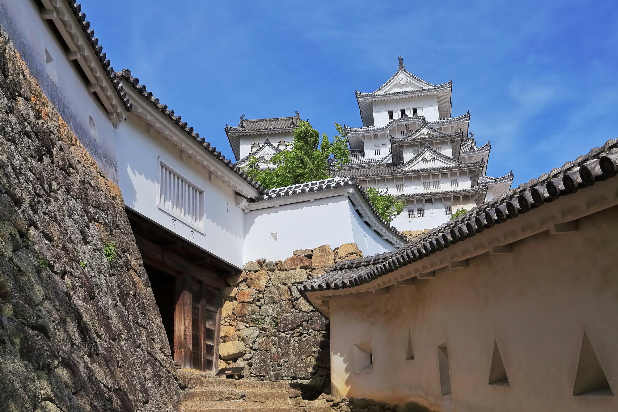 歴史的建造物にも筋交が使われている